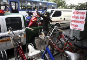Bangkok pavement violations