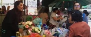 Valentine's Day roses for sale Pak Klong Talad