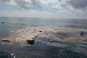 Garbage island Gulf of Thailand (1)